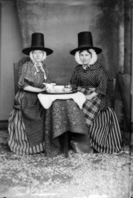 John Thomas, Two women in Welsh National costume drinking tea, 1875 © The National Library of Wales from http://www.creativereview.co.uk/cr-blog/2007/may/how-we-are-photographing-britain